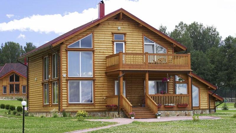 сделать балкон в деревянном частном доме своими руками
