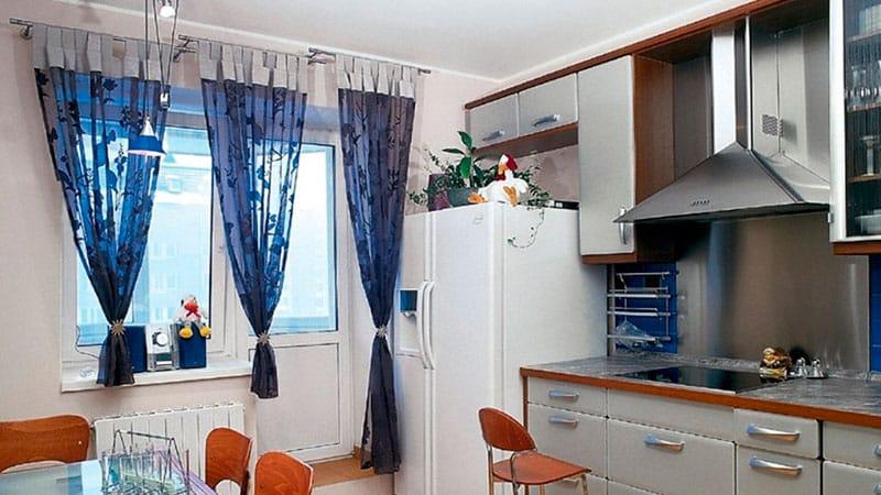 Шторы и занавески для окна и двери на балкон