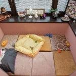 Оформляем на балконе спальную зону