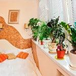 Фото оформления спальни на балконе