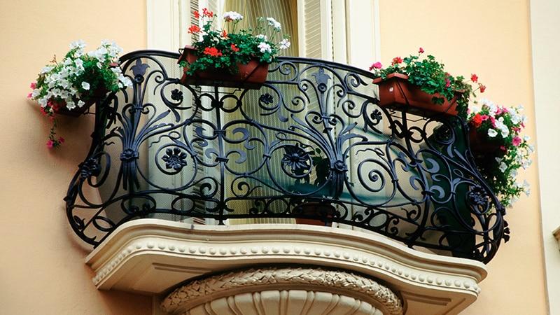 Классический французский балкон