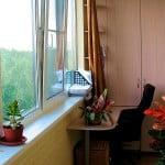 Интересный интерьер мательного балкона