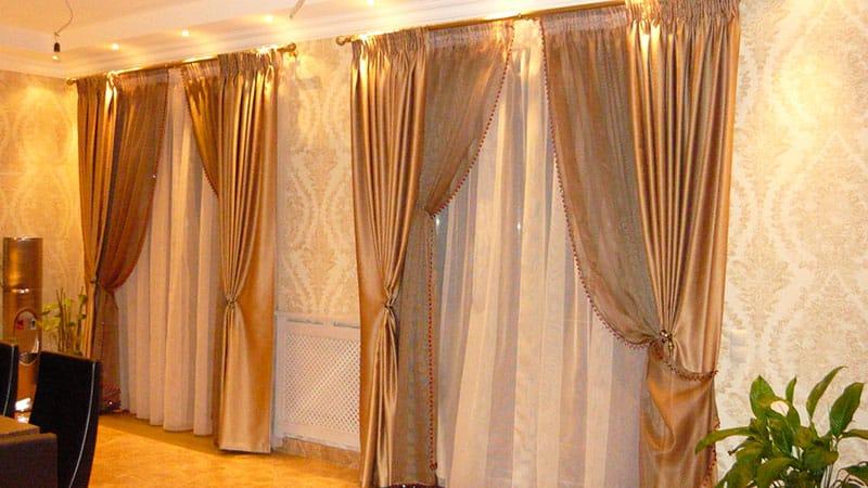 Как подобрать красивые шторы для зала