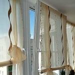Оформляем лоджию римскими шторами