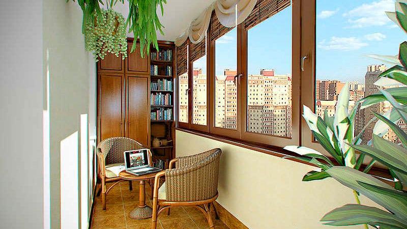 Маленький балкон под библиотеку