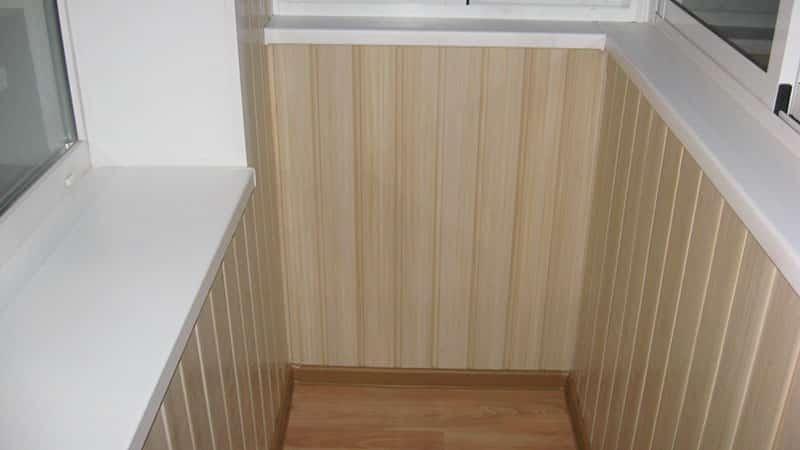 Вагонка - материал для отделки лоджииmaterialy-dlya-vnutrennej-otdelki-balkona1