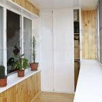 отделка балконов пластиком фото