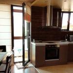 Шторы на кухню для балконной двери