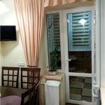 красивые шторы на кухню с балконом фото