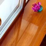 Устновка деревянного подоконника