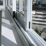 Установка подоконника на балконе самостоятельно