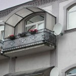Установка козырька на балкон