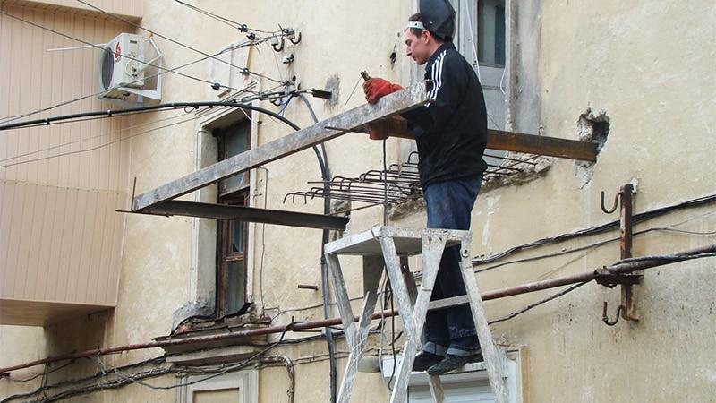 Монтаж балкона своими руками
