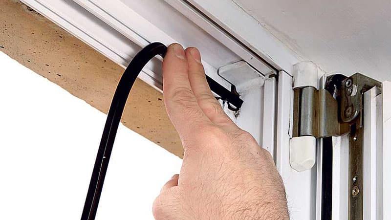 Уплотнитель для балконной двери