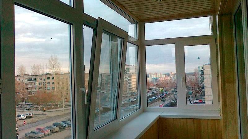 Застекленный балкон своими руками
