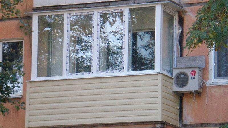 Как правильно застеклить балкон и не быть обманутым?