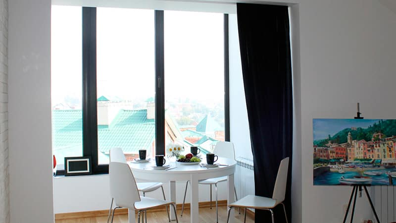 Увеличение площади кухни, комнаты и квартиры за счет лоджии .
