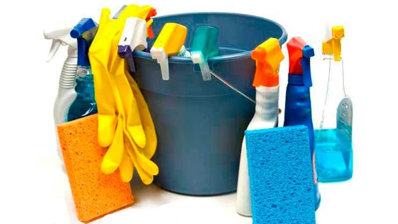Чем помыть подоконник
