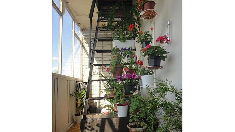 Как декорировать пожарную лестницу