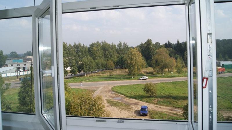 Как выглядит штульповое окно на балконе