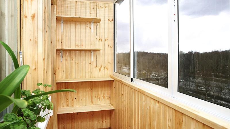 Как обшить балкон евровагонкой
