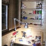 Вариант оформления мастерской на балконе