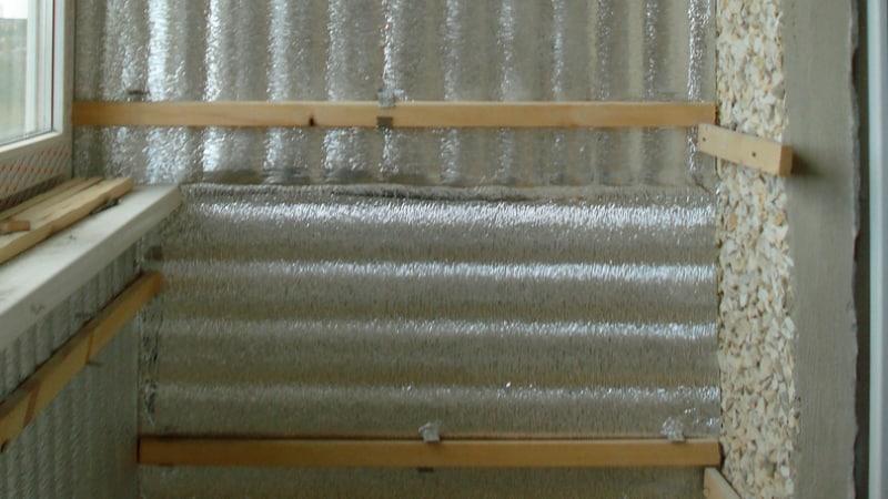 Пароизоляция при утелении балкона своими руками