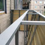 Расширяем балкон по подоконнику