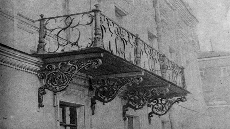 Чугунные решетки на балконе фото