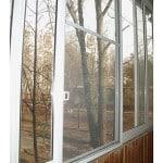 Установка москитки на окно