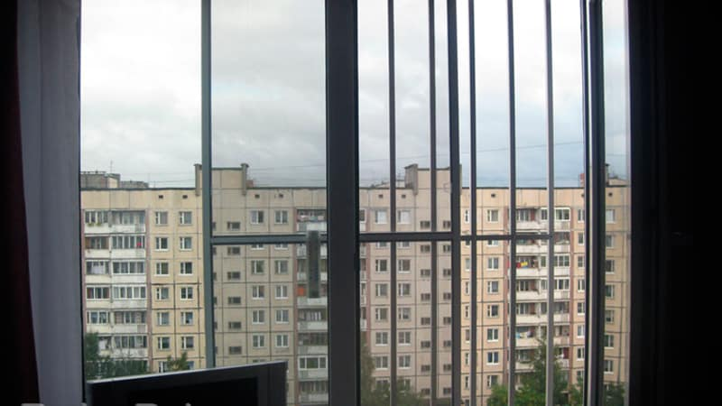 Защита от выпадания из окна детей