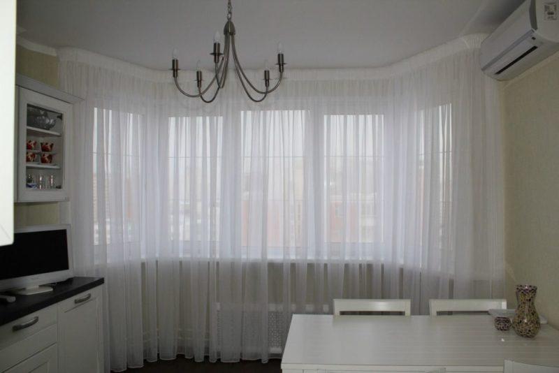 шторы для с кухни с эркером