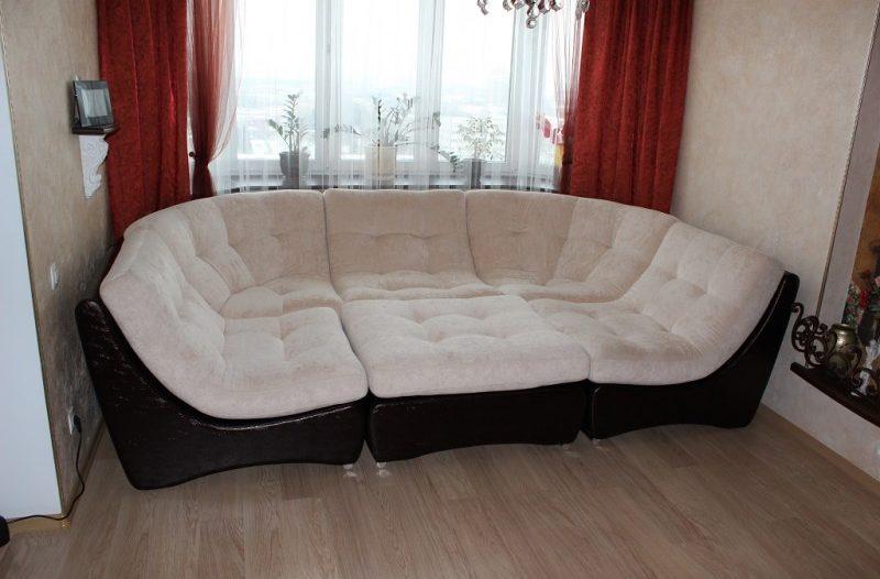 диван в эркер