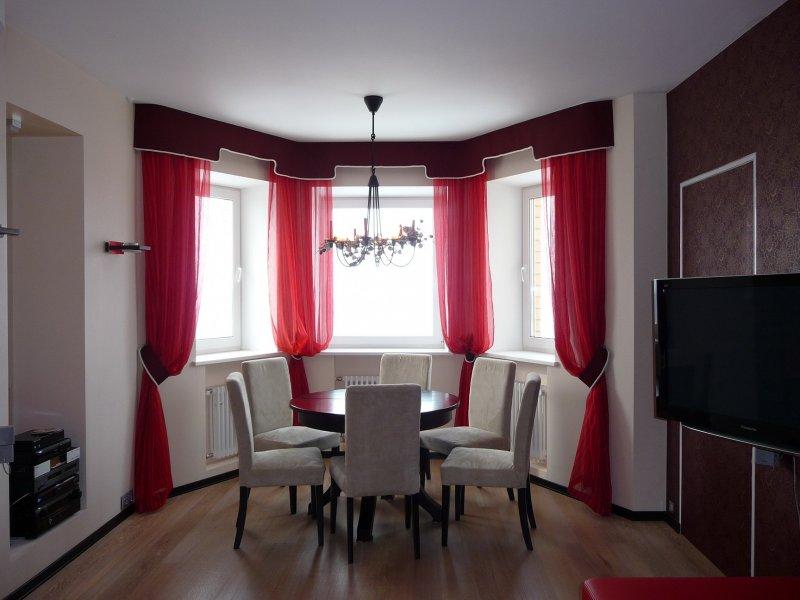 комната с эркером планировка