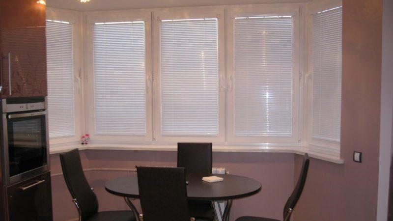 шторы на кухню п44т с эркером